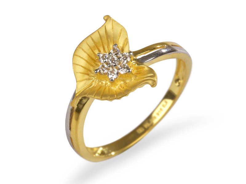 Leafy Floral Ring